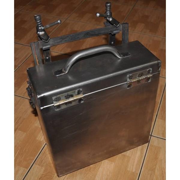 Borsa in metallo porta munizioni laterale sidecar - Borsa porta munizioni ...